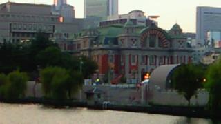 中之島公会堂と歌舞伎座