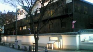 伊丹酒蔵通りの町並み