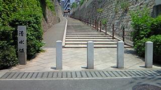 大阪市天王寺区の清水寺の玉手の滝