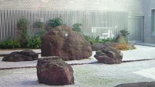 京都商工会議所のロビー・このモダニズム感がたまりません