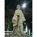 JR尼崎北口の梅川像